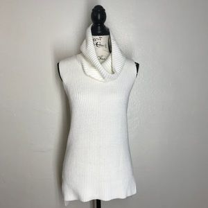 QMack Ivory Turtle Neck Sleeveless Knit Sweater
